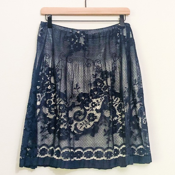 Max Edition navy skirt size large